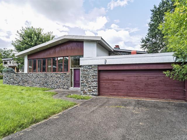 Maison de plain-pied,  2755  Boul. Gouin O.,   Ahuntsic-Cartierville (Montréal),  H3M 1B5