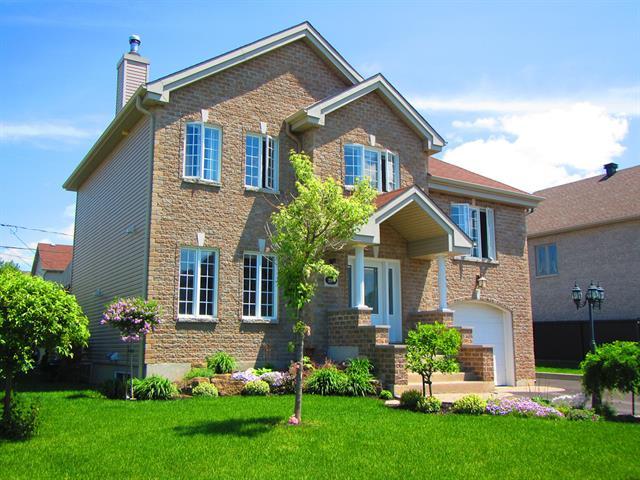 Maison à étages,  298  Rue Françoise-Loranger,   Mont-Saint-Hilaire,  J3H 6K8