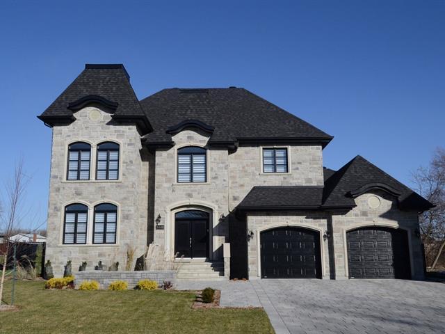 Maison à étages,  3449  Rue du Souverain,   Duvernay (Laval),  H7E 0B5
