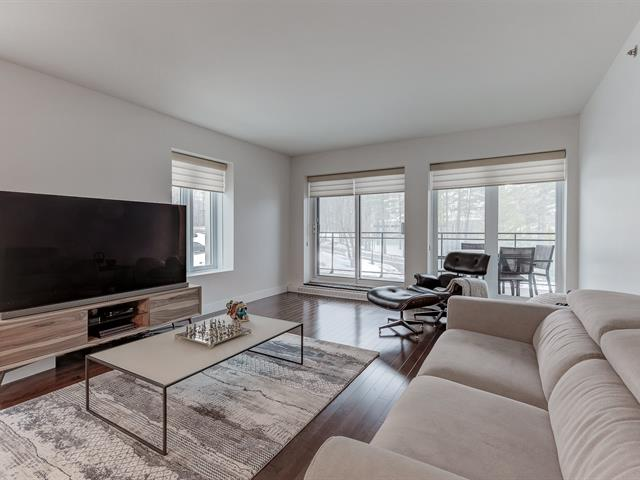 4960 Rue Honoré-Beaugrand #202, G3A 1T9