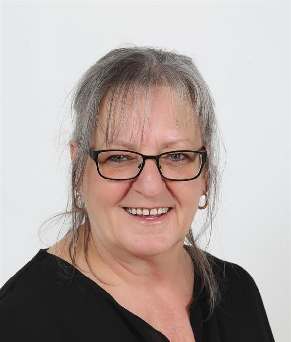 Michelle Thériault, AF